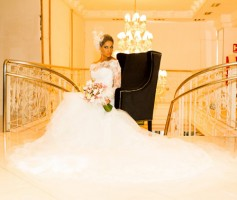 5 Vestidos de Noiva das Famosas mais Luxuosos de 2013
