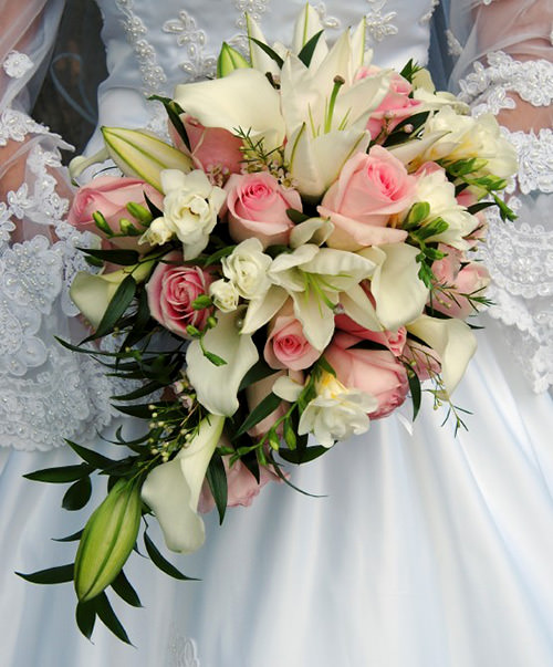 Apaixonante, esses tons ficaram perfeitos.Fonte da imagem: Reprodução/Flower Arrangement Advisor