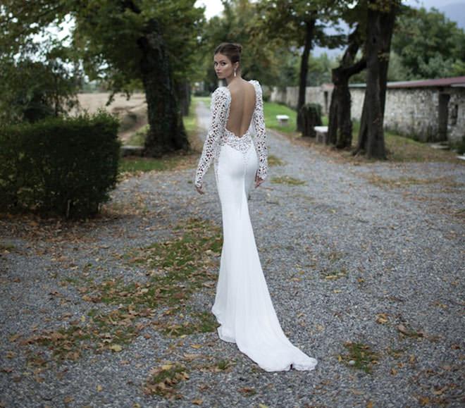 Vestido de noiva 2014 com costa aberta e bordado maravilhoso.Fonte da imagem: Reprodução/Bridal Musings