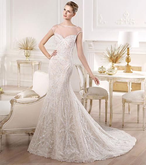 Vestido de noiva com bordados e tule illusion super elegantes. Um show.Fonte da imagem: Reprodução/Mod Wedding