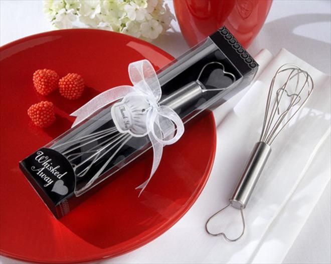 Batedor de bolo in love rs.Fonte da imagem: Reprodução/EMMALINEBRIDE