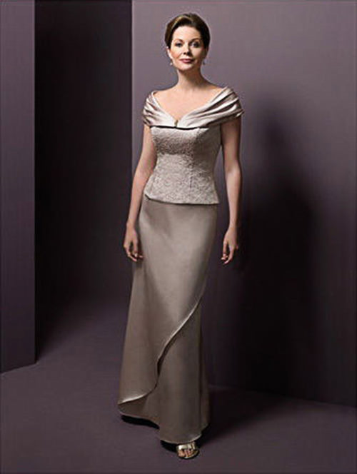 Adorei esse Vestidos para Mãe da Noiva, uma cor discreta e super elegante.Fonte da imagem: Reprodução/Bridal Gowns