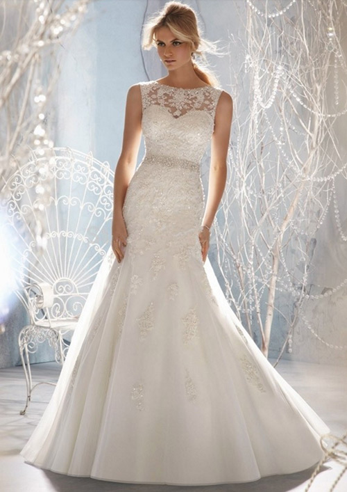 Quem ama esse cintinho no meio dos vestidos de noiva? Sou apaixonada.