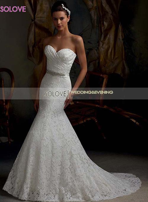 Amo vestidos de noiva estilo sereia, e vocês? E com cintinho ainda, gamei