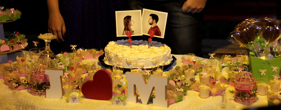 Destaque para esse topo de bolo divertido, amei