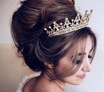 Penteados com Tiara: 12 Inspirações para deixar seu Penteado ainda Mais Perfeito
