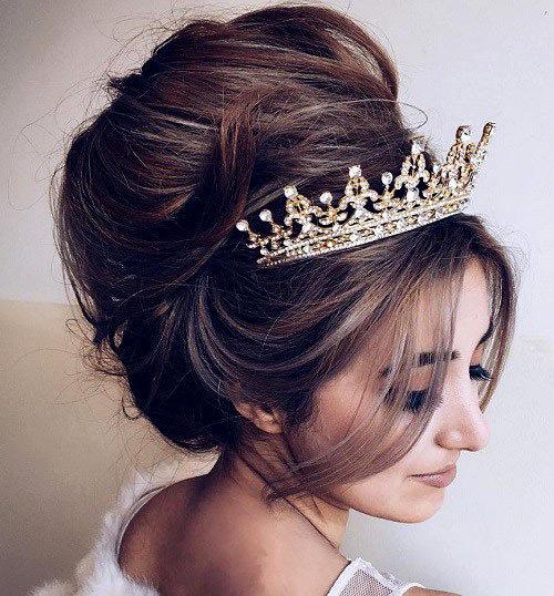 Já ia me sentir a rainha com essa tiara hehe