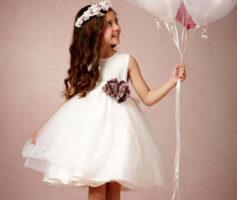 Vestidos de Dama de Honra: 14 Inspirações de Modelos Curtos para Arrasar com suas Bonecas