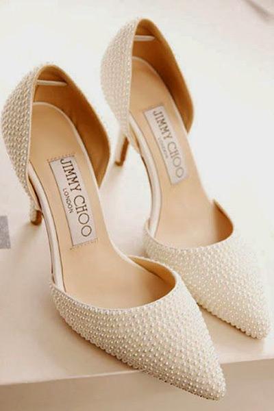Sapatos para Noivas com pérolas são muito apaixonantes