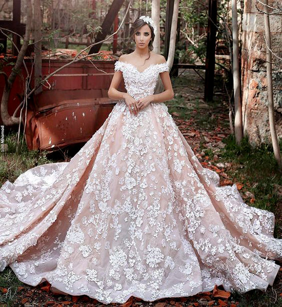 Essa cor ficou super delicada para ser utilizada em Vestidos de Noiva Princesa